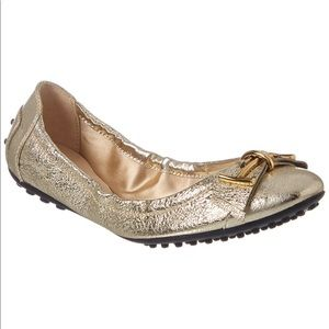 NIB Tod's Gommino metallic leather ballet flats